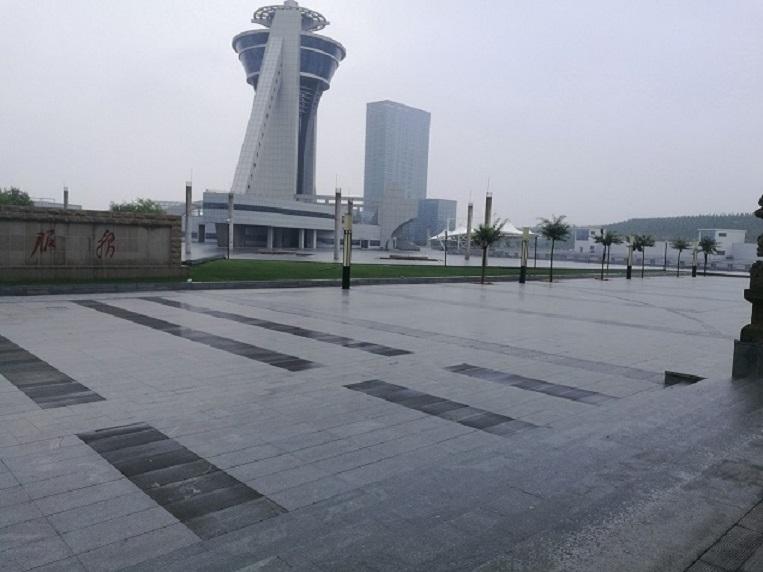 榆神工业区清水工业园创业广场二标段BT项目