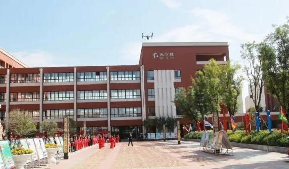 陕西省西咸新区沣东新城丰产路沣东三小通信线路迁改工程